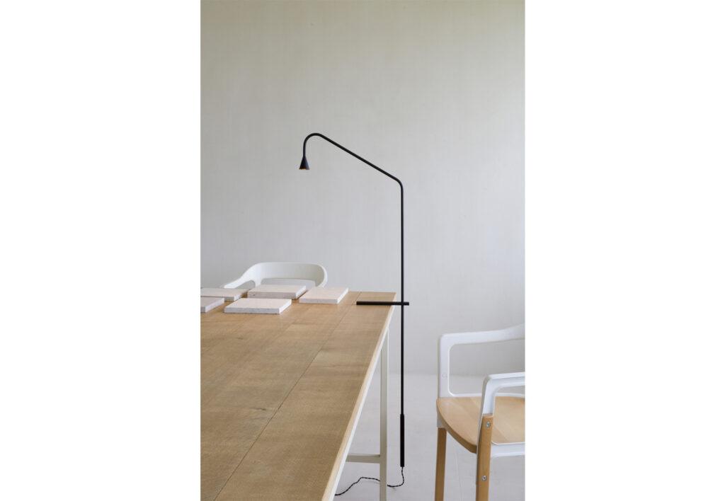 Trizo21_Austere-Table_03